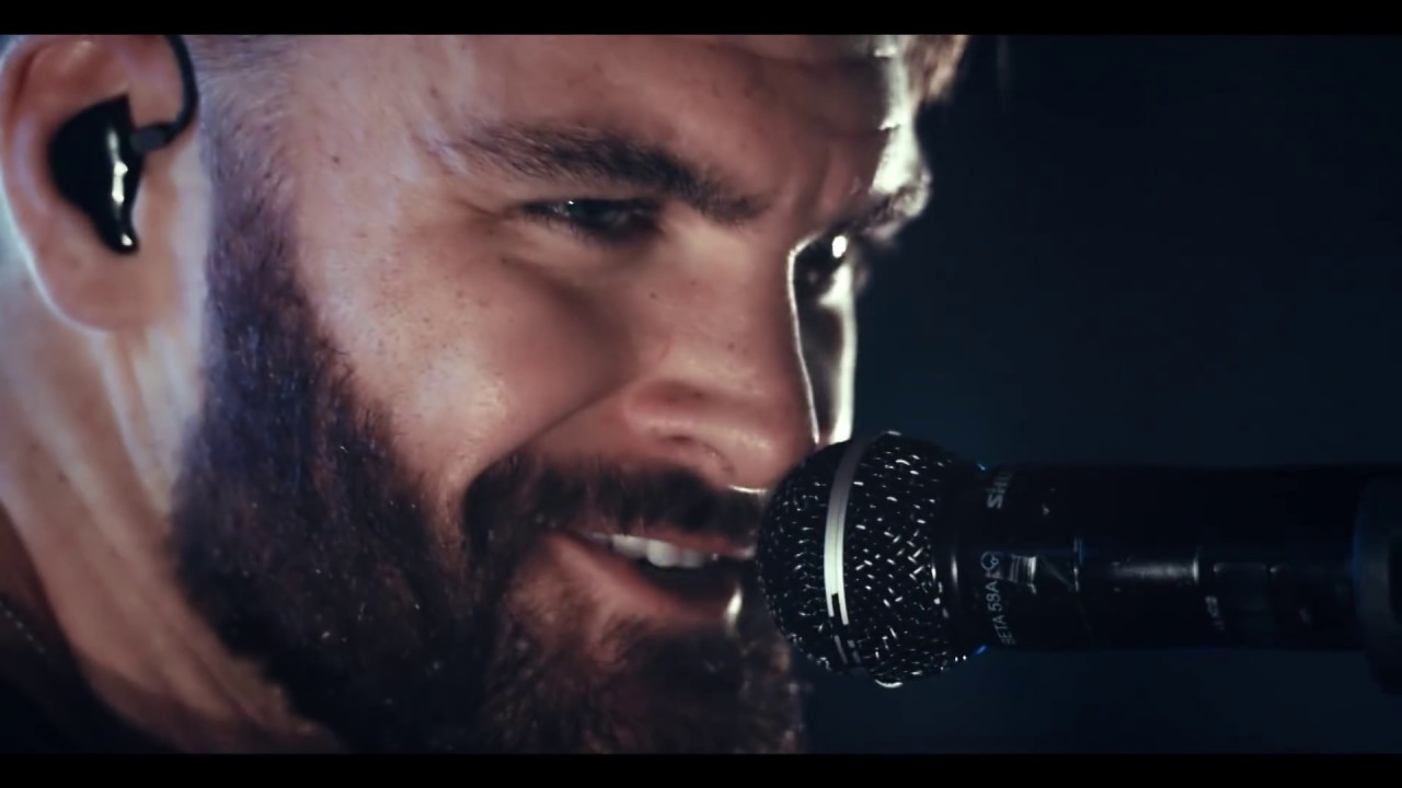 dylan-scott-hooked-official-music-video-dylanscottcountry
