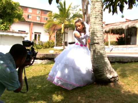 vestidos de primera comunion videos