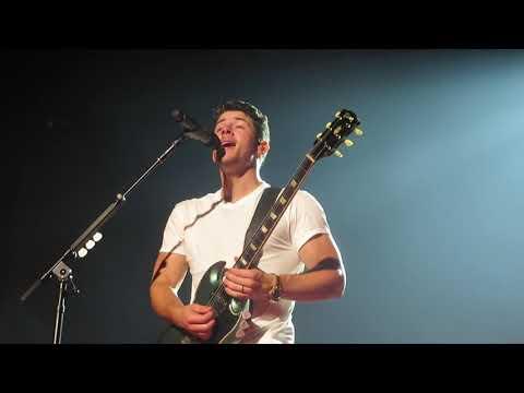 Jonas Brothers -  - Main Stage Mandy&39;s Mashup