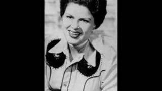 Patsy Cline – Sweet Dreams Video Thumbnail