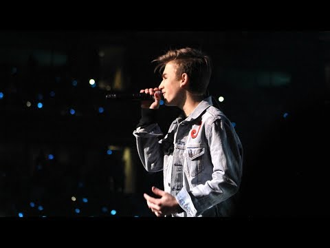 "Johnny Orlando - ""Last Summer"" (Live from WE Day Ottawa)"