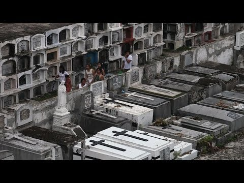 Assignment Asia: Graveyard dwellers in the Philippines
