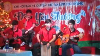 Gánh hàng rong - CLB Guitar - Đêm nhạc từ thiện : Đêm Yêu Thương
