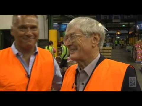 Dick Smith vs Stan Grant on population ponzi and a Big Australia