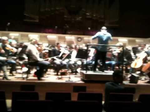 Philharmonisch orkest speelt nieuwe tune van ABN Amro World Tennis Tournament