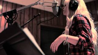 "Orianthi sneak peek into the making of ""FIRE"" EP"