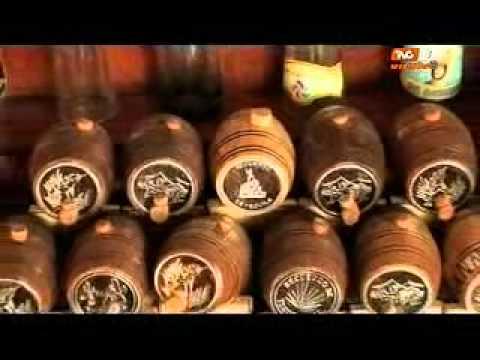 F brica de barriles para tequila con laura garc a 19 10 for Barriles de madera bar