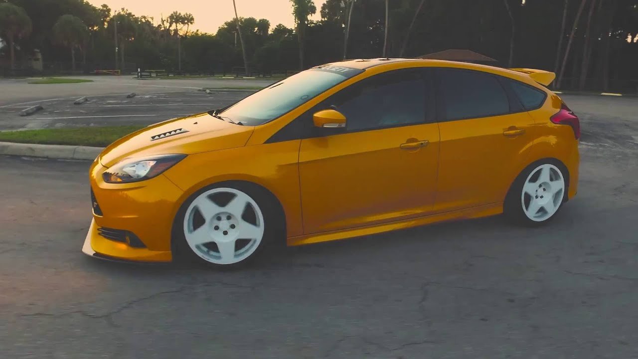 built boosted bagged ford focus st feature video ii youtube. Black Bedroom Furniture Sets. Home Design Ideas