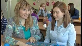 Работа для глухих. В города планируют открыть отдельное ателье для слабослышащих швей и вязальщиц