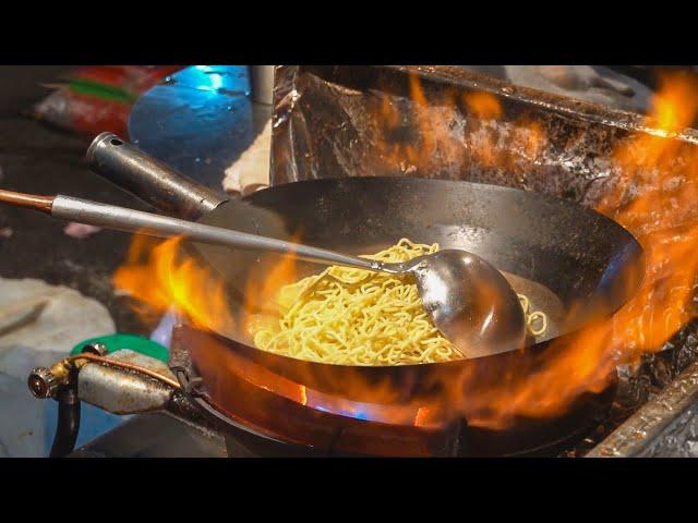 Stir-Fried Noodles, Egg Fried Rice / 台式炒麵炒飯 - Taiwanese Street Food