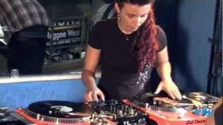 DJ Lisa Bueno
