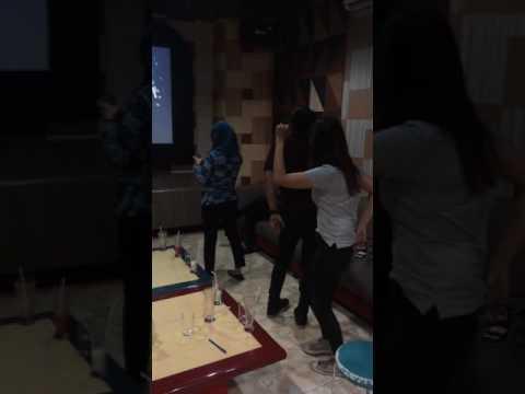 REXEL SURABAYA Dangdutan Karaoke