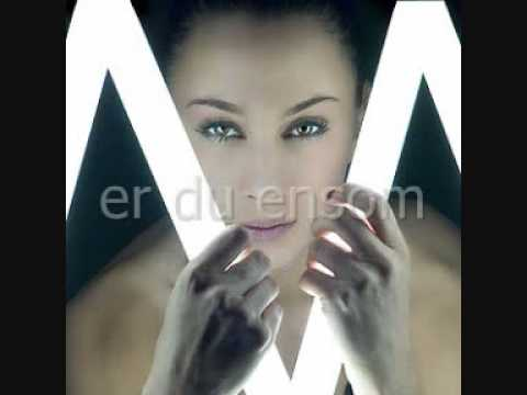 Medina - Ensom, with lyrics
