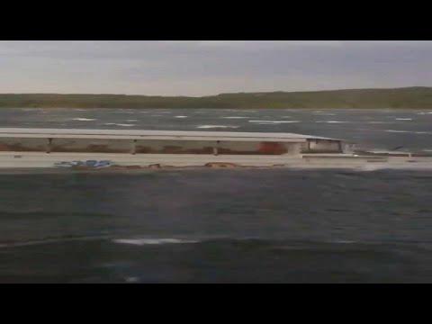 شاهد: اللحظات الأخيرة قبل غرق قارب في ولاية ميسوري الأمريكية …  - نشر قبل 4 ساعة