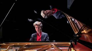 Michael Andreas Haeringer plays Mozart Sonata in B flat major, K 281 2nd mov. Andante amoroso