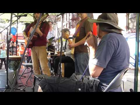 On The Streets of Brooklyn: One Love Band