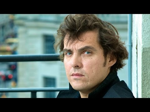 PAN Director Joe Wright on Tolstoy, Tom Stoppard and Keira Knightley - Harper Simon's Talk Show