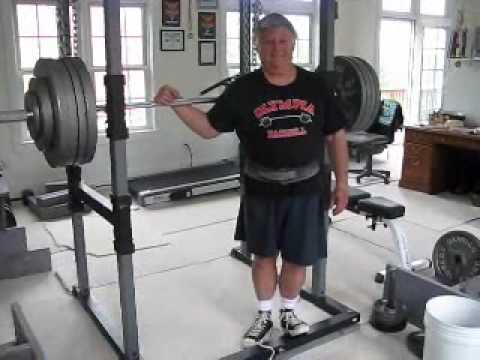 Powerlifter Pete Bennett sets senior world record