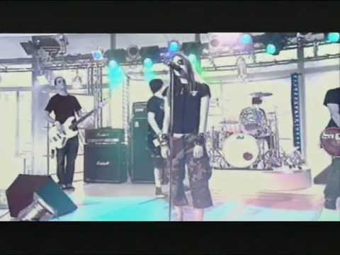 Avril Lavigne - Complicated @ Live at T4 22/09/2002