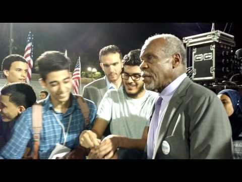 Danny Glover to be Bernie Sanders Vice President?