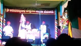Yakshagana - Gagana thare...  Naari ninaagiye natya mayuri...
