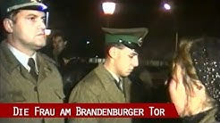 9. November 1989 - Die Frau am Brandenburger Tor