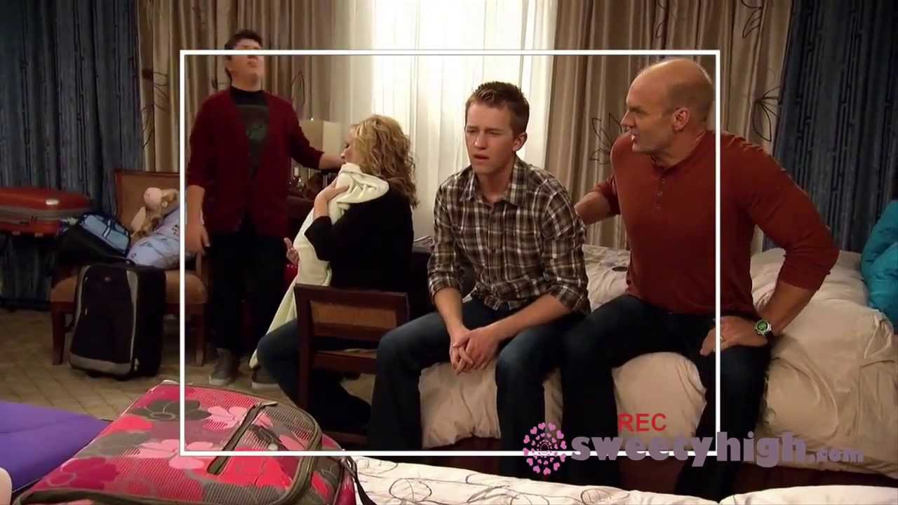 Good Luck Charlie - Season 4 - Behind the scenes with the ...