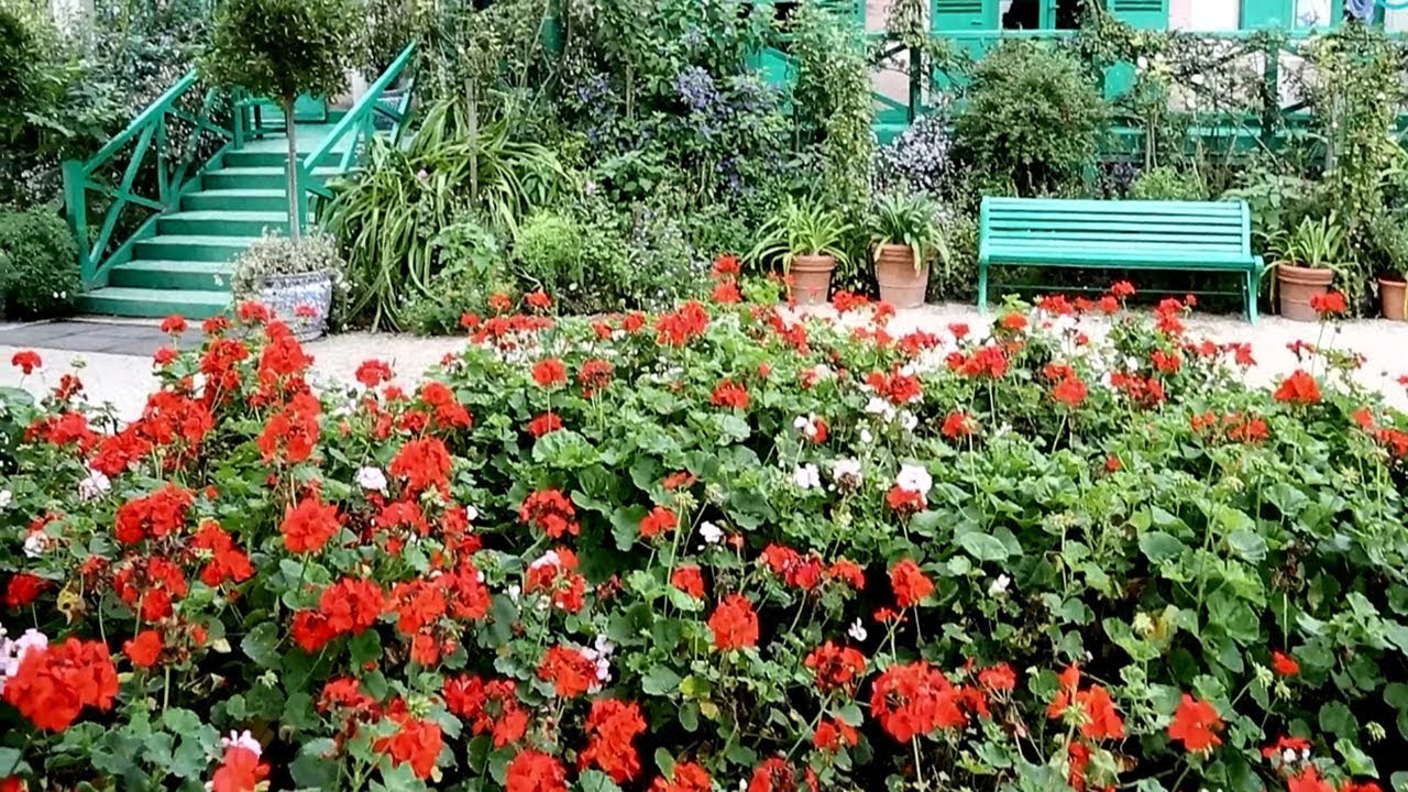 Beautiful Flower Garden U2013 France, Giverni U2013 Claude Monet House