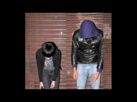 Tell Me What to Swallow - Crystal Castles (Lyrics)