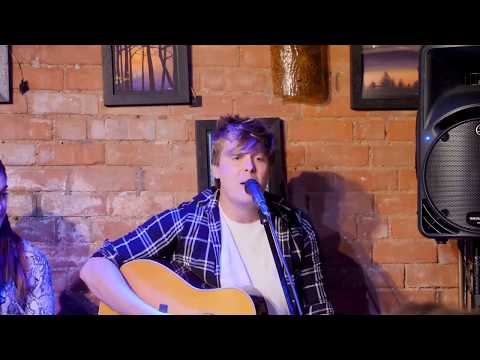 Danny McMahon - Broken Hearted | Nashville Sounds in the Round