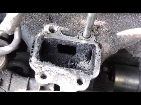 Фото к видео: Toyota RAV4 2.2 diesel D-CAT 177 л.с чистим клапан EGR. Toyota 2.2 D cleaning the egr / egr valve
