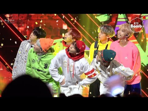 [BANGTAN BOMB] BTS '고민보다 GO' stage with ARMY~perfect voice~ - BTS (방탄소년단)