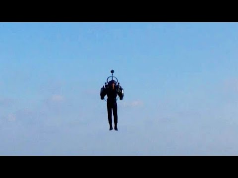 Jetpack Flyer Above Los Angeles Airport Stuns Pilots