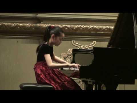Tiffany Poon (12) - Mozart Sonata K.333 in B-Flat Major 1st movement