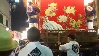 熊谷うちわ祭 石原区と本石区の屋台.