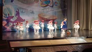 Фото 2019 Танцы Малыши грибочки