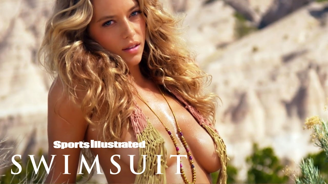 Hannah Ferguson in einem Bikini Slow Motion Pool Video für Sports Illustrated Swimsuit 2015