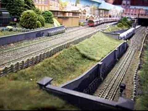 London Underground tube train model railroad model railway