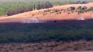 ШОКИРУЮЩИЕ ВИДЕО! Видео снято террористами ИГИЛ! Боевики идут в АТАКУ Новости