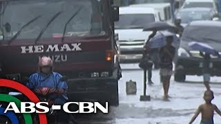 Bandila: Heavy rainfall warning up in Metro Manila, Luzon provinces