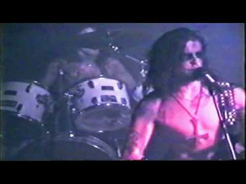 Dimmu Borgir - Devils Path (live in Oslo 1996)