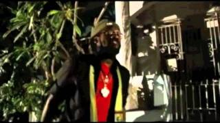 Tarrus Riley - NEVER LEAVE I - Official Music Video