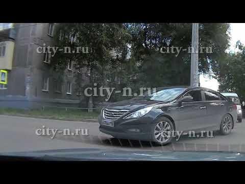 Авария с мотоциклом в Кузнецке попала на регистратор