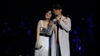 Mỹ Tâm nắm tay, tựa vai Hà Anh Tuấn như một cặp tình nhân