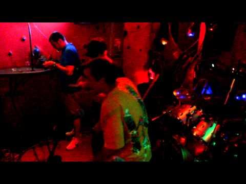 Něco z koncertu: Kenas, N8 - Outsider feat. Krouzmen (prod. N8)