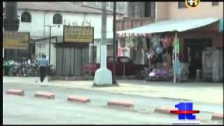 Municipalidad de Quetzaltenango realiza limpieza de postes pintados por partidos políticos