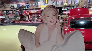 Small museum || classic cars and toys