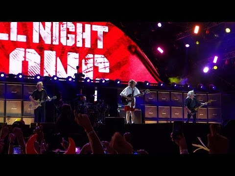 You Shook Me All Night Long - AC/DC Live Wrigley Field Chicago September 15, 2015