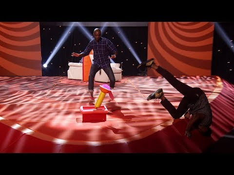 Contestants Dab and Dance Their Way Through 'Blindfolded Musical Chairs' on 'Game of Games'!