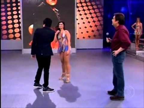 Carol Vieira dança com Luan Santana - 26.09.2010.wmv
